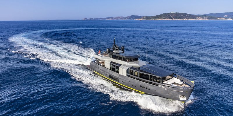 ARCADIA YACHTS TRIUMPHS AT 2019 WSA WITH A105