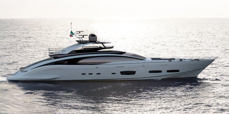 Distribution Europe de la gamme Sport & Super Sportivo - ISA Yachts