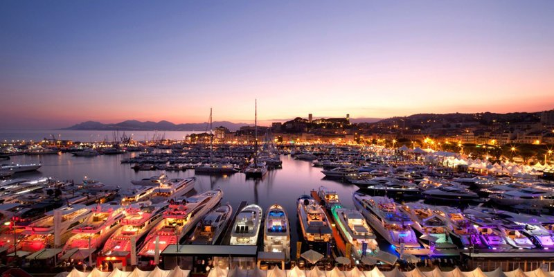 Discover the beauty of Cannes by yacht