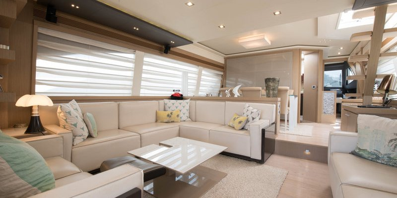 New CA for Sale : Ferretti 750 Fly