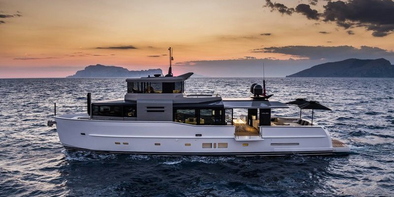 Arcadia A85S with innovative solutions at Cannes Yachting Festival 2017